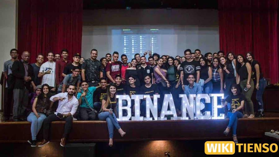 Cộng đồng binance